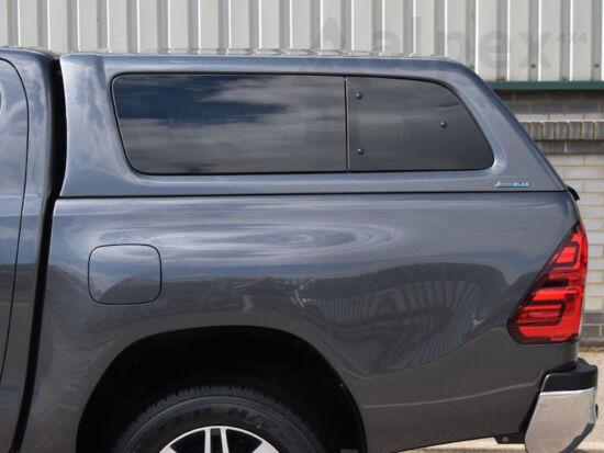 Aeroklas Stylish hardtop - pop-out side window - 8X2 blue - Toyota D/C 2015-
